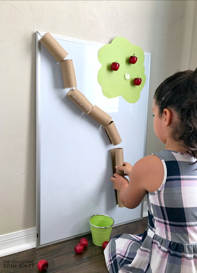 Apple themed book based activities and learning ideal for toddlers and preschoolers.